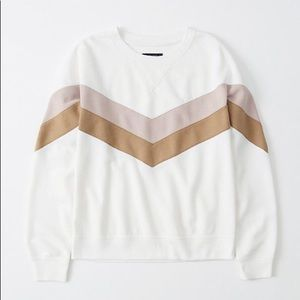 NWT Abercrombie soft crewneck sweatshirt